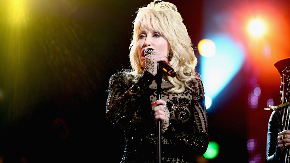 Kids can get free books through new Dolly Parton library