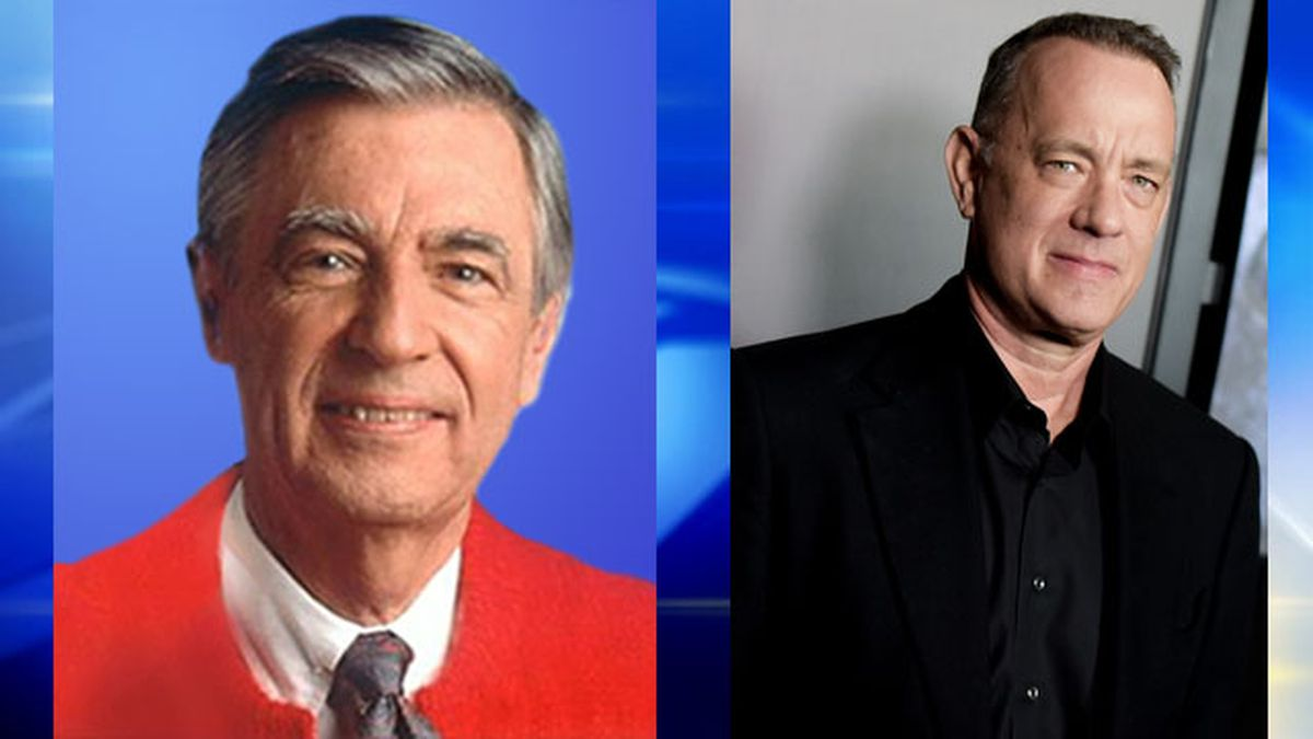 Sony Pictures Offers First Look At Tom Hanks As Mr Rogers