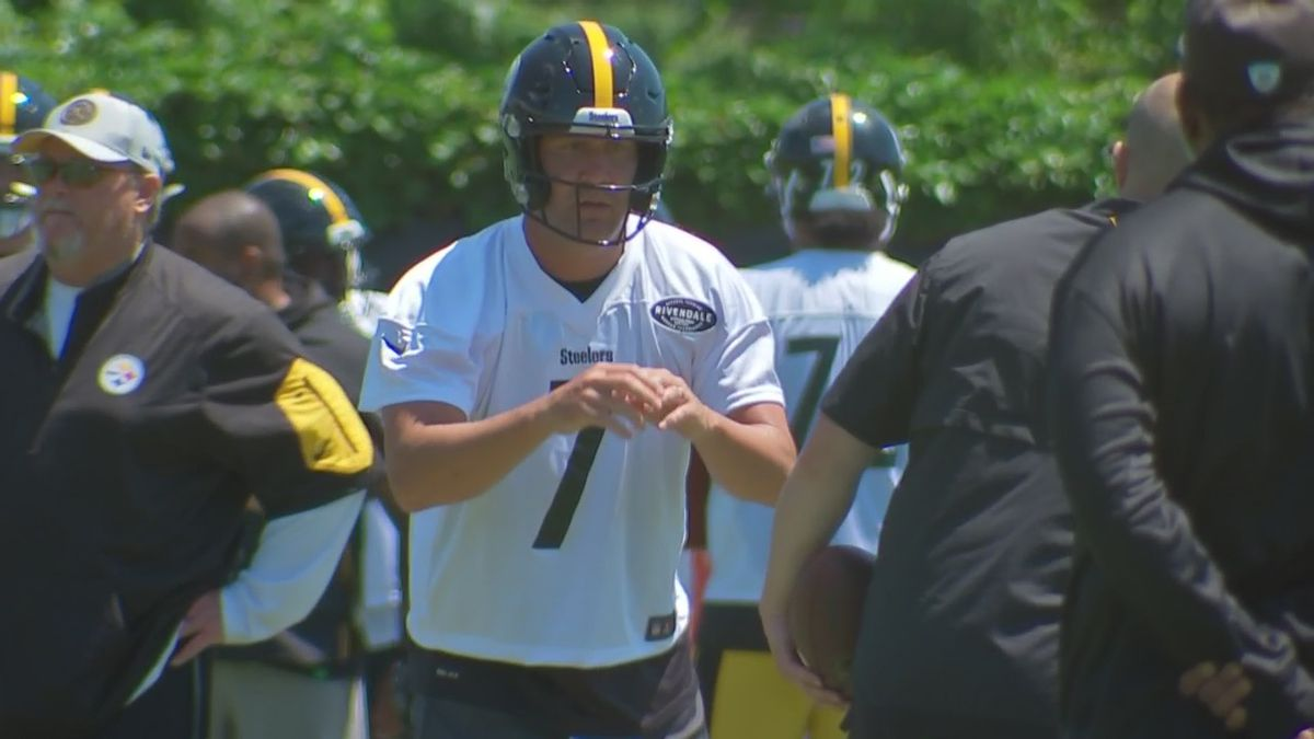 Roethlisberger still upbeat about receivers … yeah, him, too