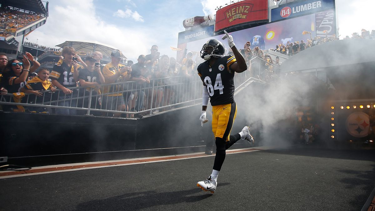 More drama: Steelers WR Brown threatens 'trade me' on social media
