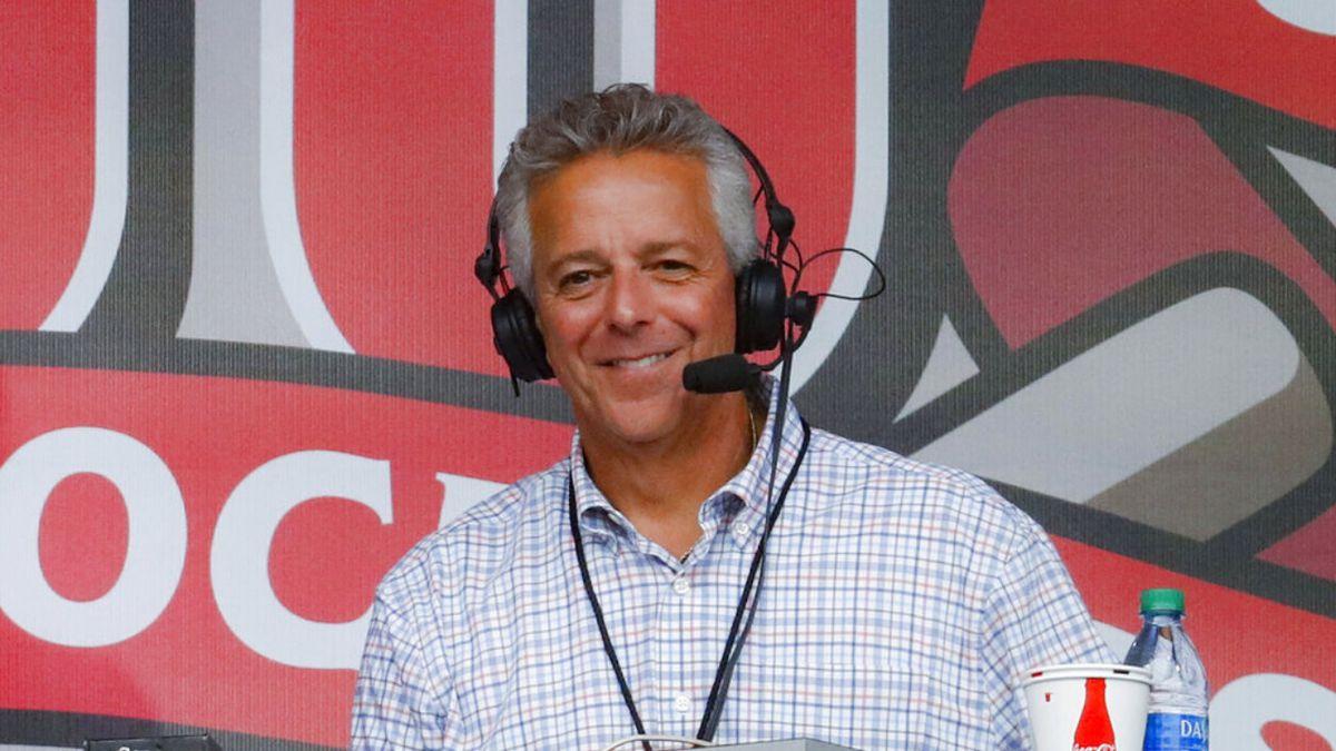Suspended Cincinnati Reds broadcaster Thom Brennaman resigns
