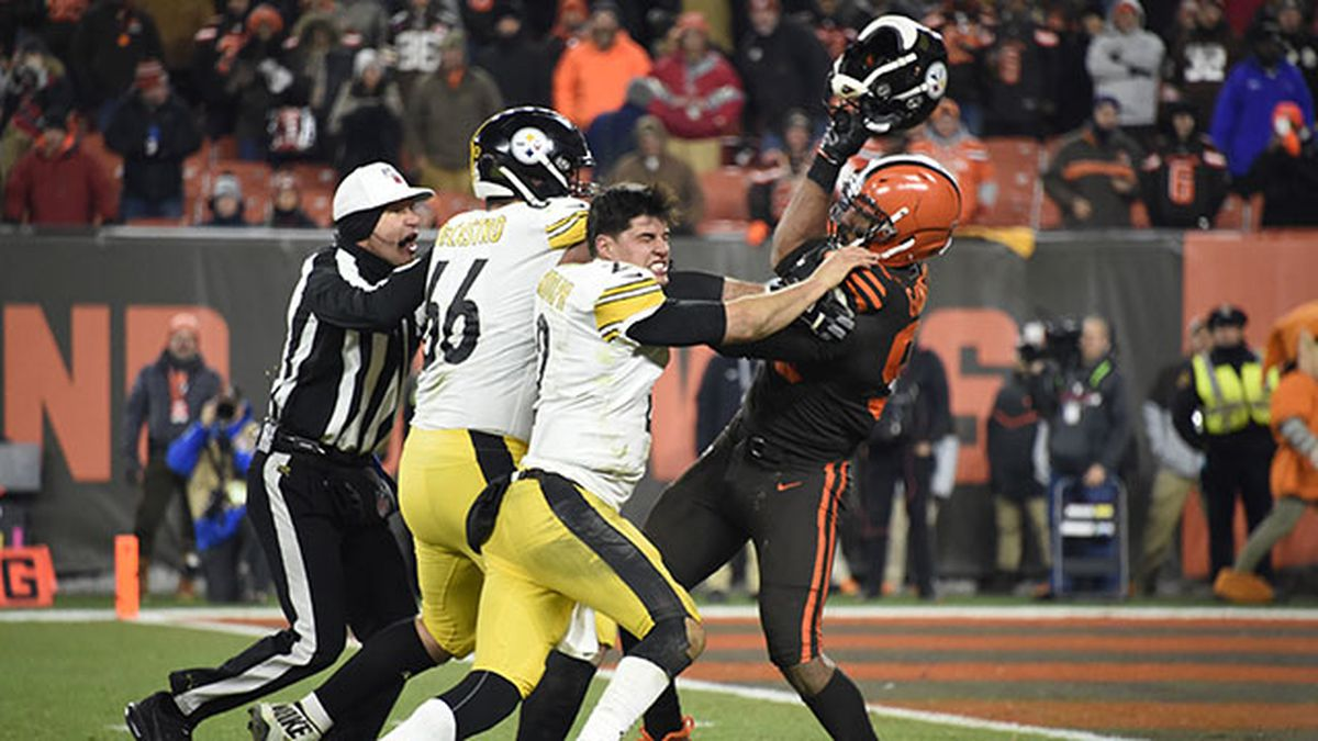 FOOTBALL FIGHTS: Some of the wildest fights in the NFL
