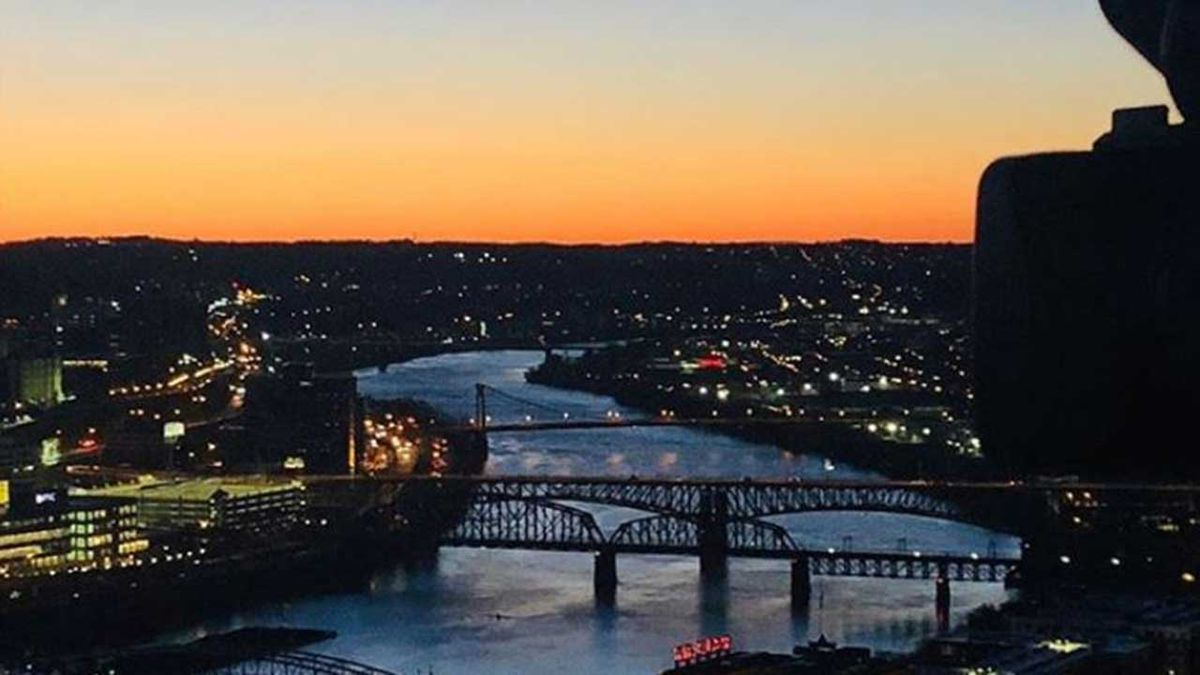 Homes and businesses across Pittsburgh to light up tonight for Illumination-Ovation