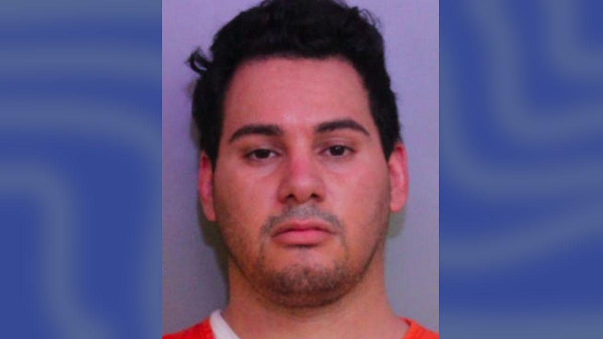 Central Florida paramedic accused of stealing COVID vaccines meant for first responders
