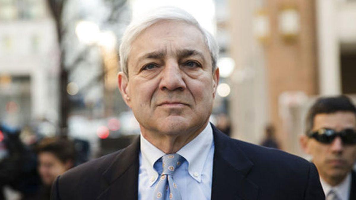 Prosecutors ask judge to order Graham Spanier report to jail