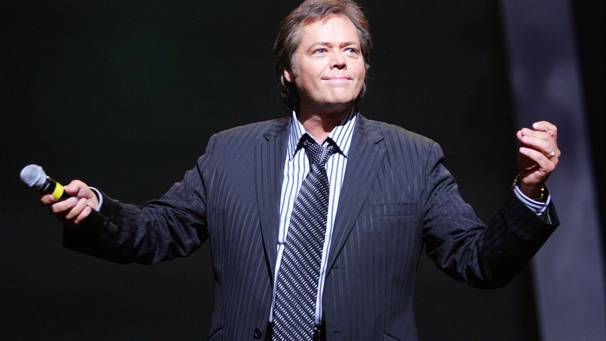Singer Jimmy Osmond suffers stroke during musical performance in UK