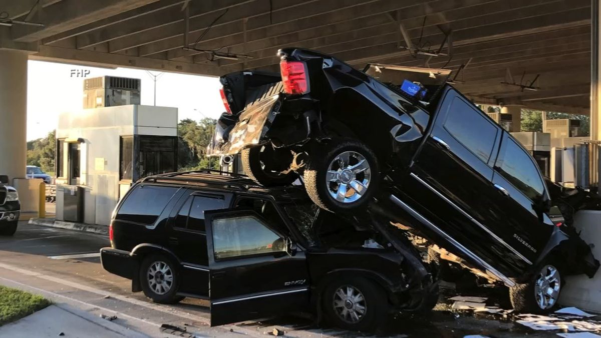 Drowsy driver crashes into toll booth