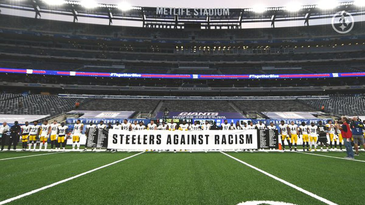 Steelers hold banner before kickoff on Monday Night Football