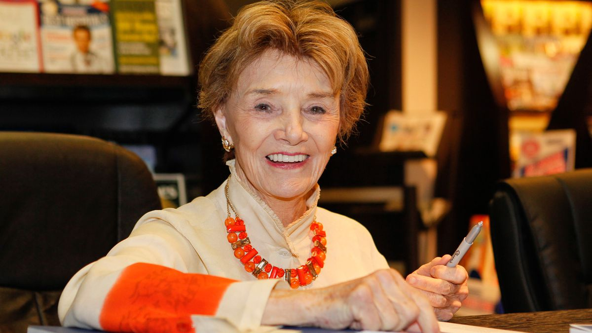 'Days of Our Lives' star Peggy McCay dies at 90
