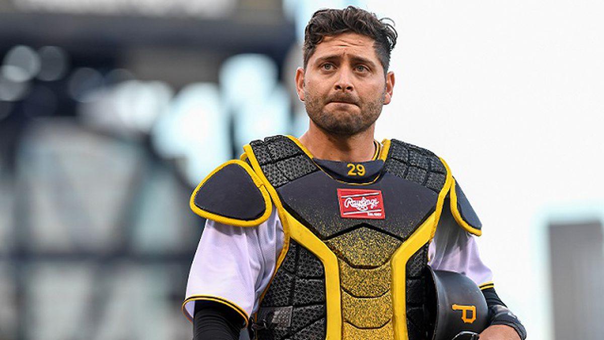 'It's time!' Former Pirates catcher Francisco Cervelli announces retirement in heartfelt post