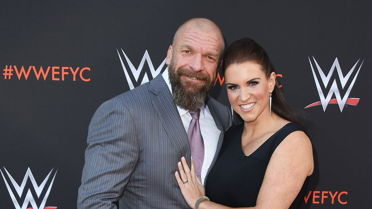 WWE executives donate $1 million to UPMC Children's Hospital of Pittsburgh