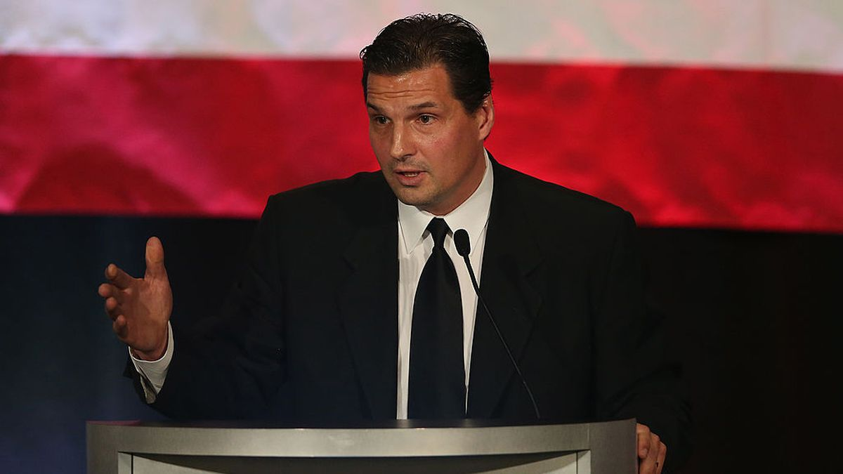 After beating cancer, Eddie Olczyk continues the fight