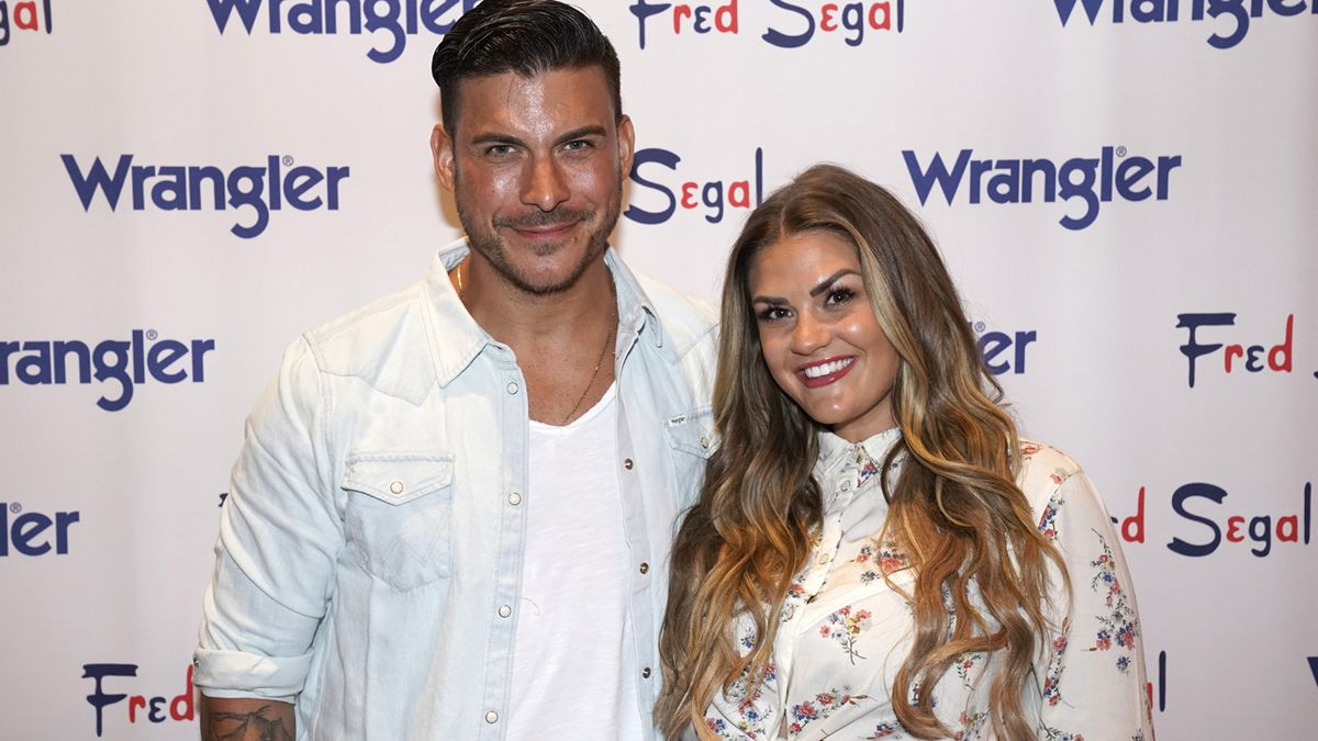 'Vanderpump Rules' stars Jax Taylor, Brittany Cartwright reveal sex of baby due next year