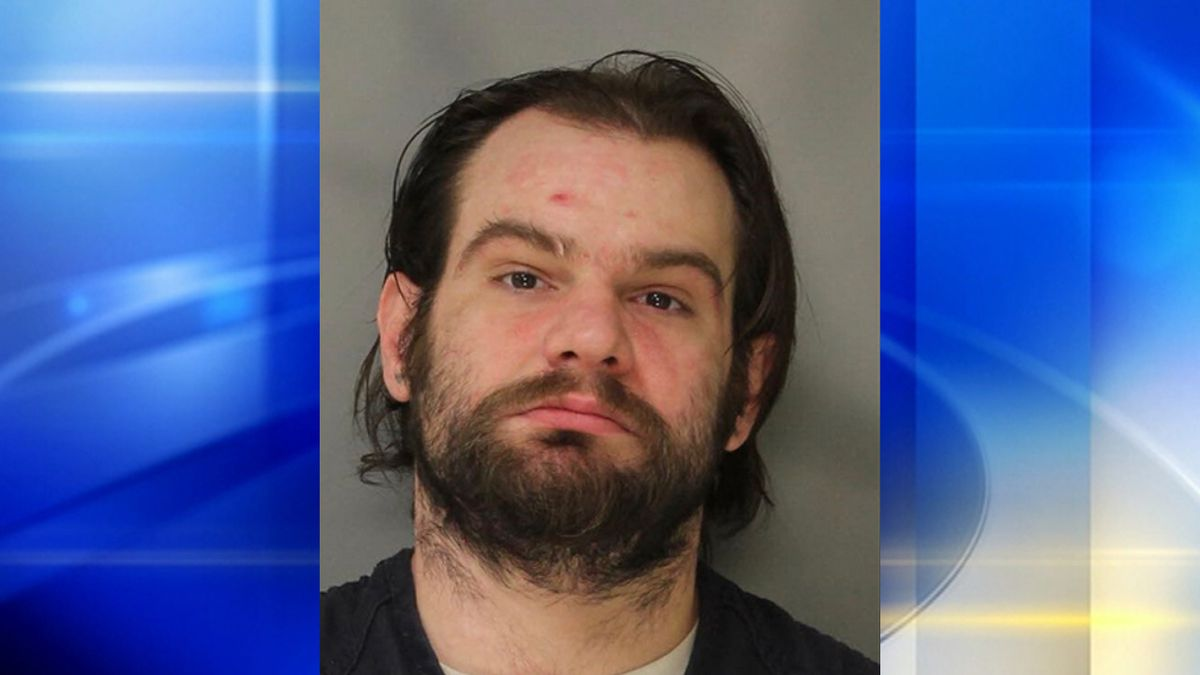 Naked man leads state troopers on chase in Westmoreland County