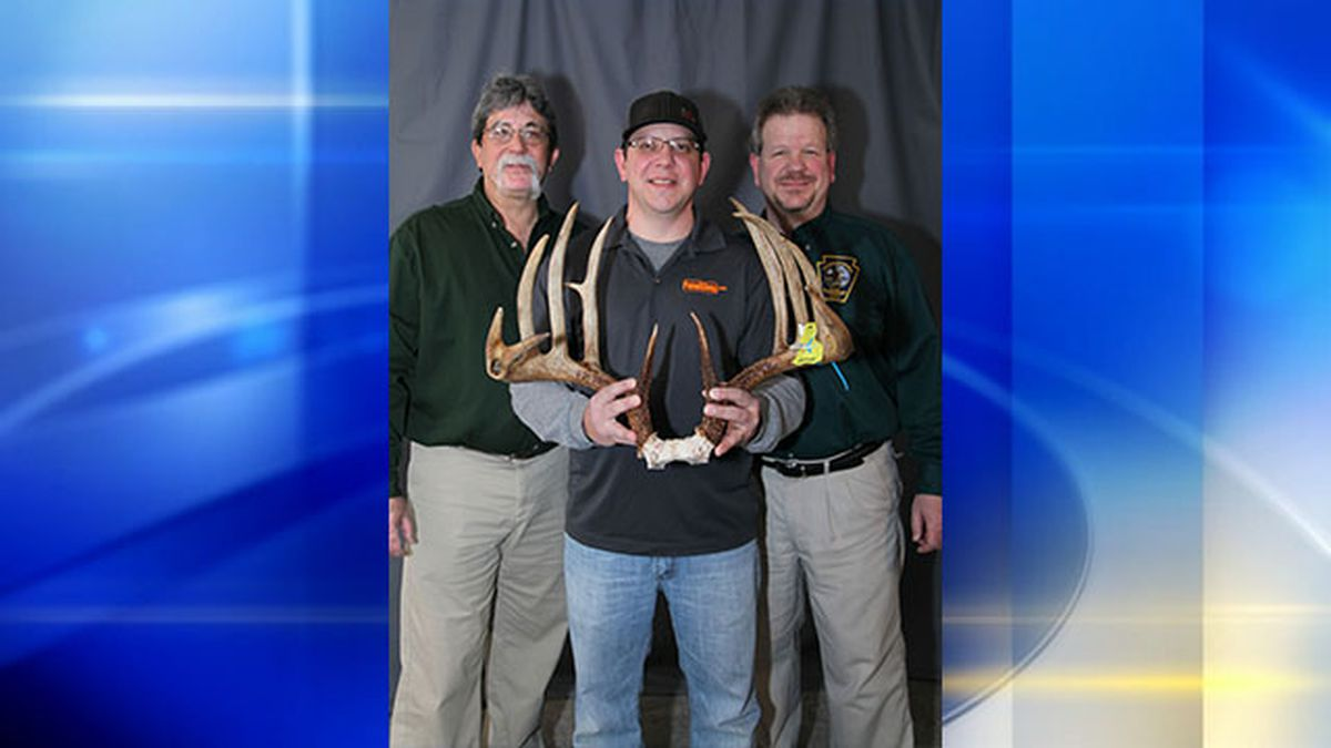 Local man bags trophy buck, shatters Pennsylvania record