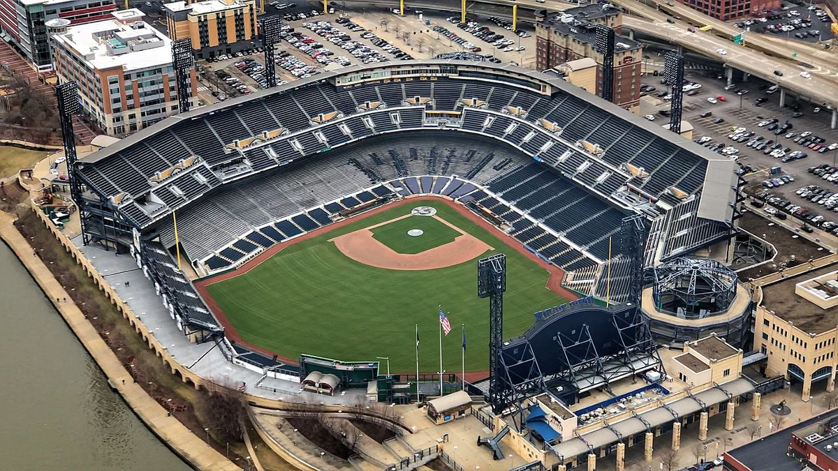 Pirates donate $1 million to help PNC Park employees
