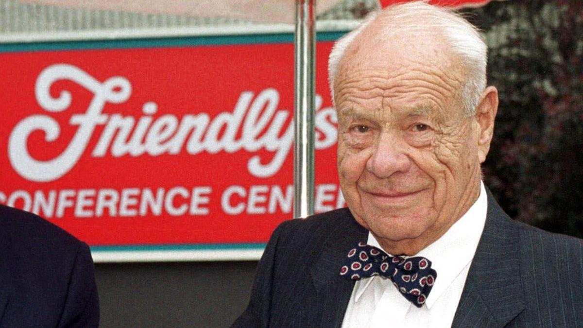 S. Prestley Blake, co-founder of Friendly's ice cream chain, dead at 106